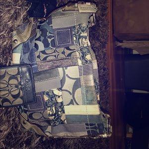 Shoulder bag with matching wallet